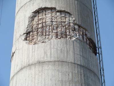 地震による煙突倒壊例その2-1