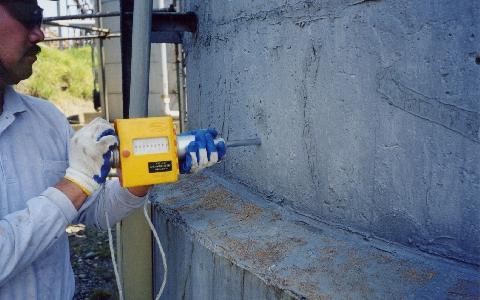 シュミットハンマーテスト(コンクリート圧縮強度推定、非破壊試験)